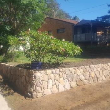 Retaining Wall, Sandstone, Retaining Water, Emerald Beach